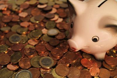 12.000 Euro für soziale Einrichtungen – swb spendet Nachkommastellen der Gehaltsabrechnungen