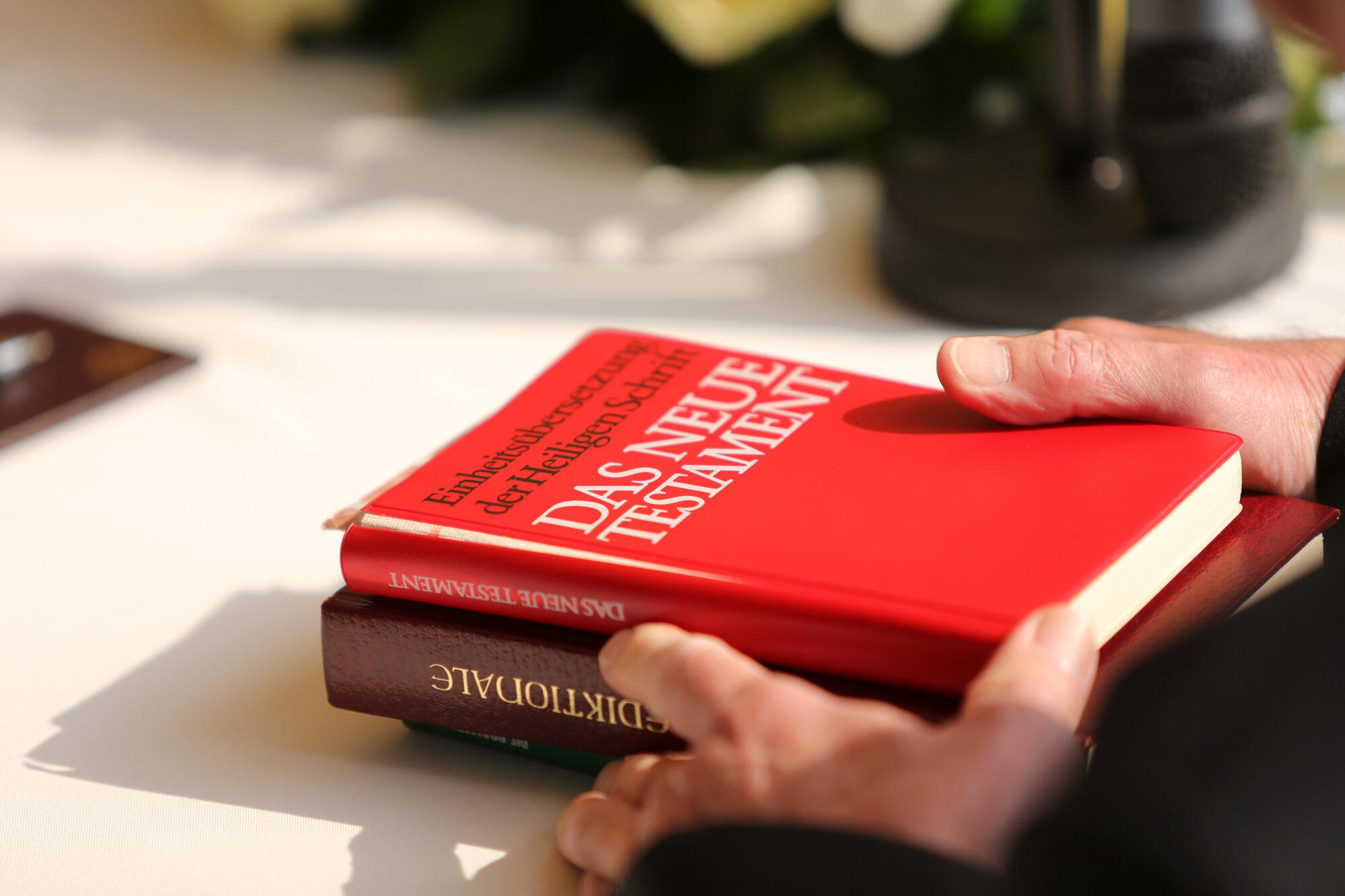 Forderung mehrerer Bremer Pastoren – Olaf Latzel soll seinen Dienst wieder aufnehmen